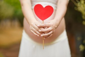 Surrogate mother (pregnant); Surrogacy success rate